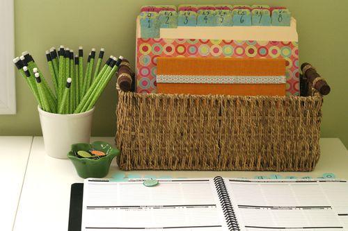 File folder and planner