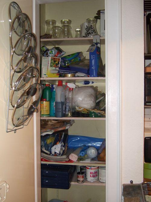 Kitchen_clutter2